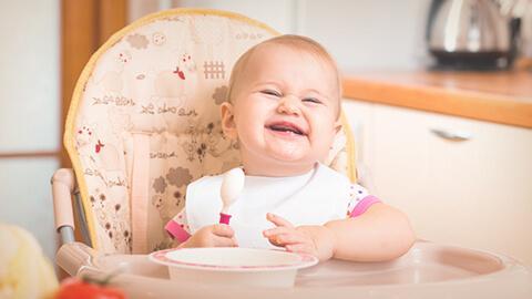 Soluciones nutricionales reales para tu hijo. Etapa: 10 a 12 meses