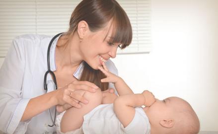 Encuentra un pediatra para tu bebé